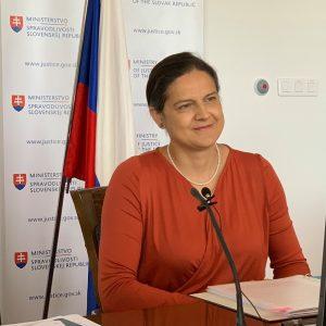 Kolíková cíti podporu vlády i Hegera.